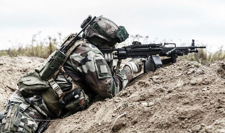 Machine-Gunner-10