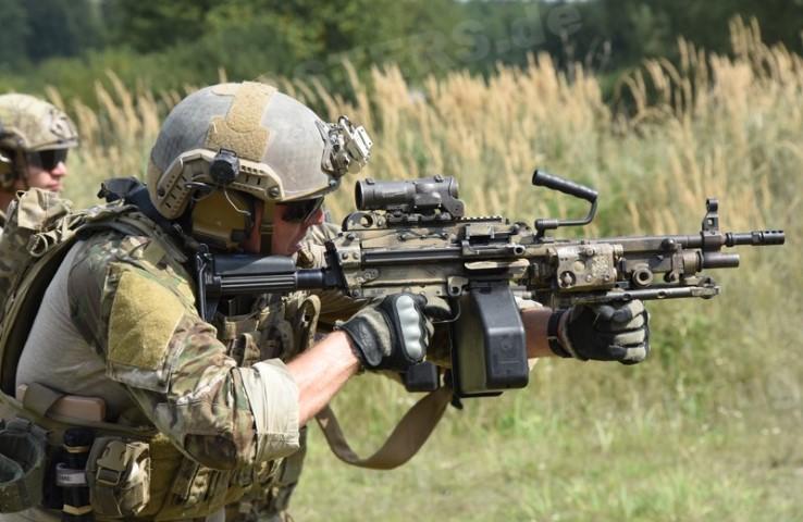 Machine-Gunner-9